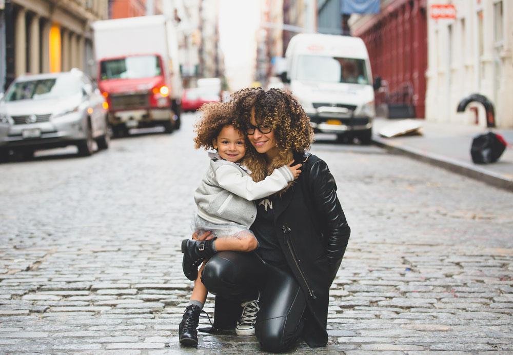 meet single moms in your area